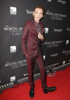 I LOVE men who wear burgundy. His Mortal Insruments co-star Robert Sheehan wore a leather look in this color that was equally lovely.