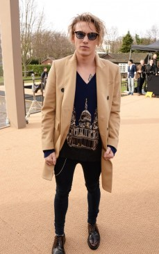 Here he is at another Burberry show. I really do wish men wore more coats like this.