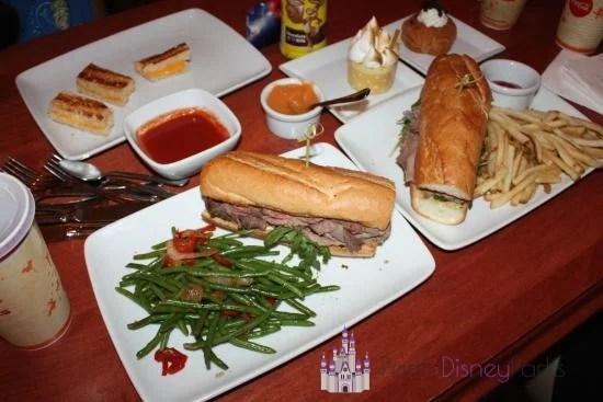 be-our-guest-restaurant-magic-kingdom-disney-world-almoco-sanduiches