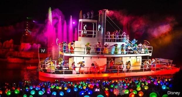 Fantasmic Character Boat en Hollywood Studios