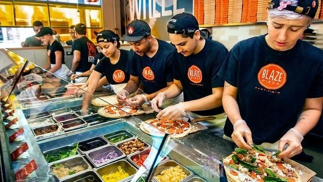 Blaze Pizza Disney Springs