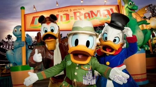 pato-donald-dinoland-animal-kingdom
