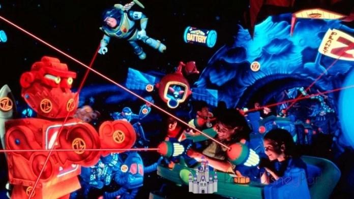 Buzzlightyear - Salieron de los parques de Disney