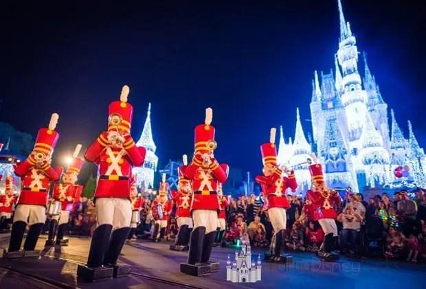 mickeys-once-upon-christmastime-parade
