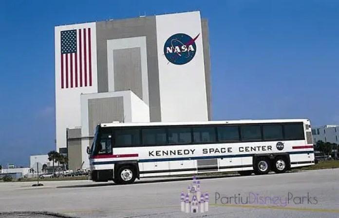 Não deixe de conhecer locais esclusivos do KSC no Kennedy Space Center Bus Tour