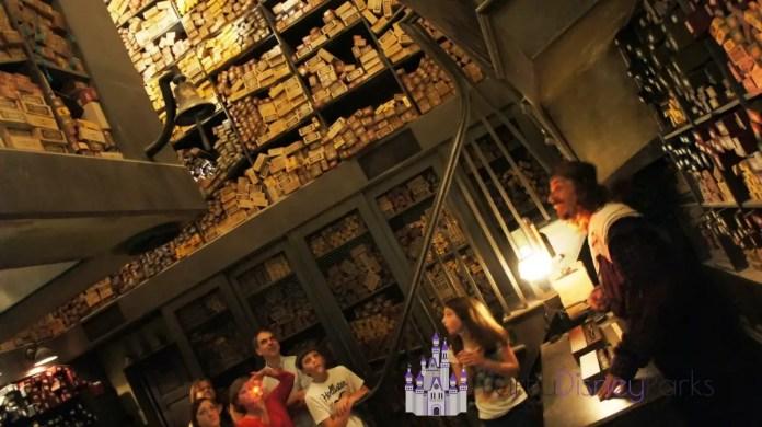 ollivanders-wand-shop-Hogsmeade