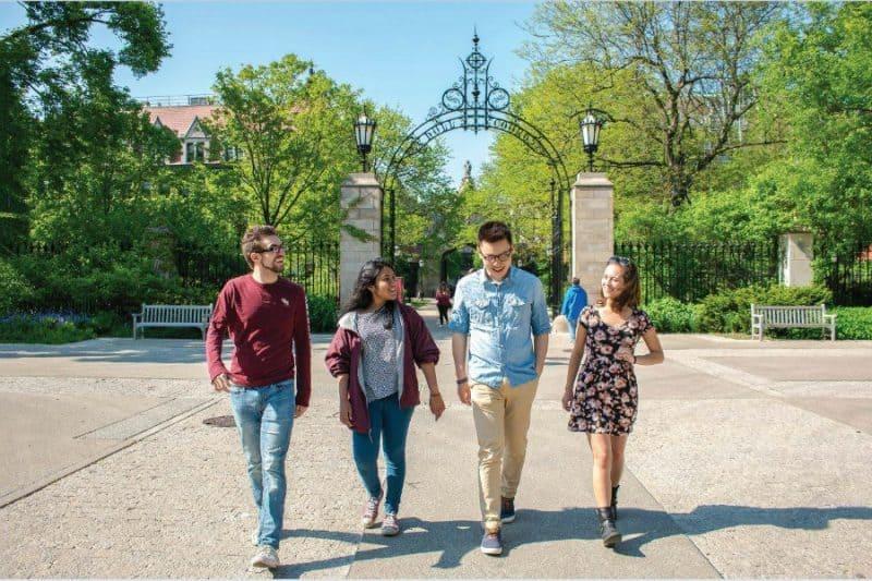 bolsas para curso de verão nos EUA universidade de chicago ensino médio partiu intercambio