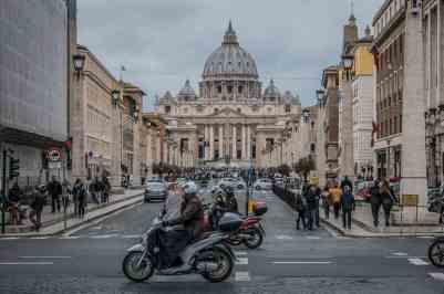 bolsas para curso de idioma na Itália maeci