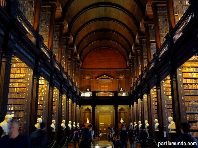 long room - trinity college 12