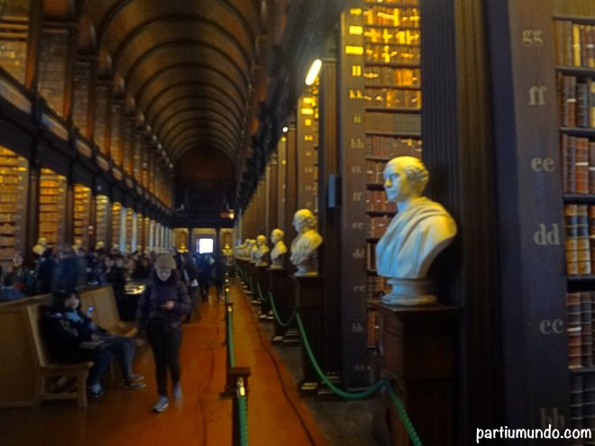 long room - trinity college 6