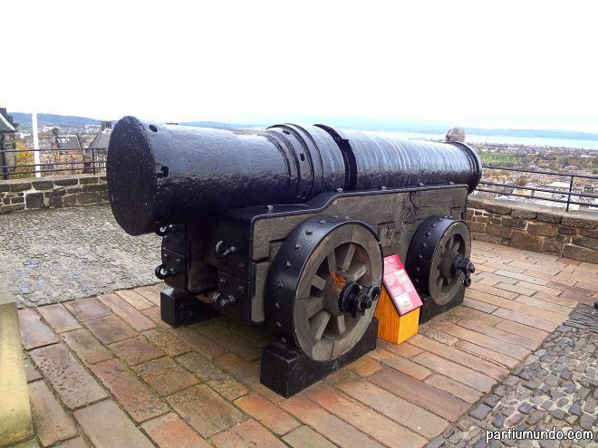 edinburgh castle 11