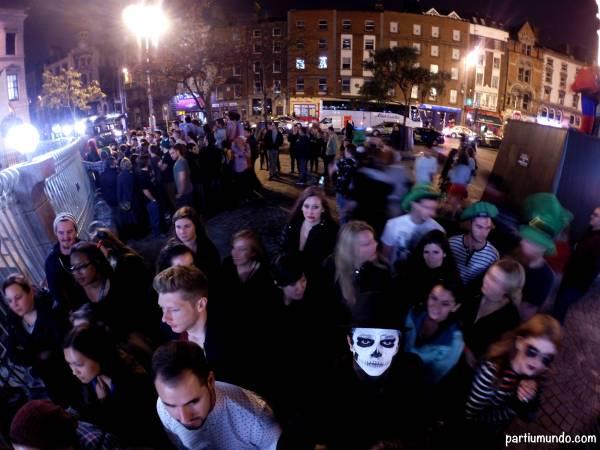 halloween dublin pub crawl