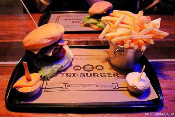 tri burger 9