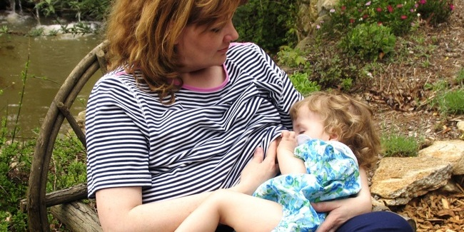 Breastfeeding support, best practices for early care.