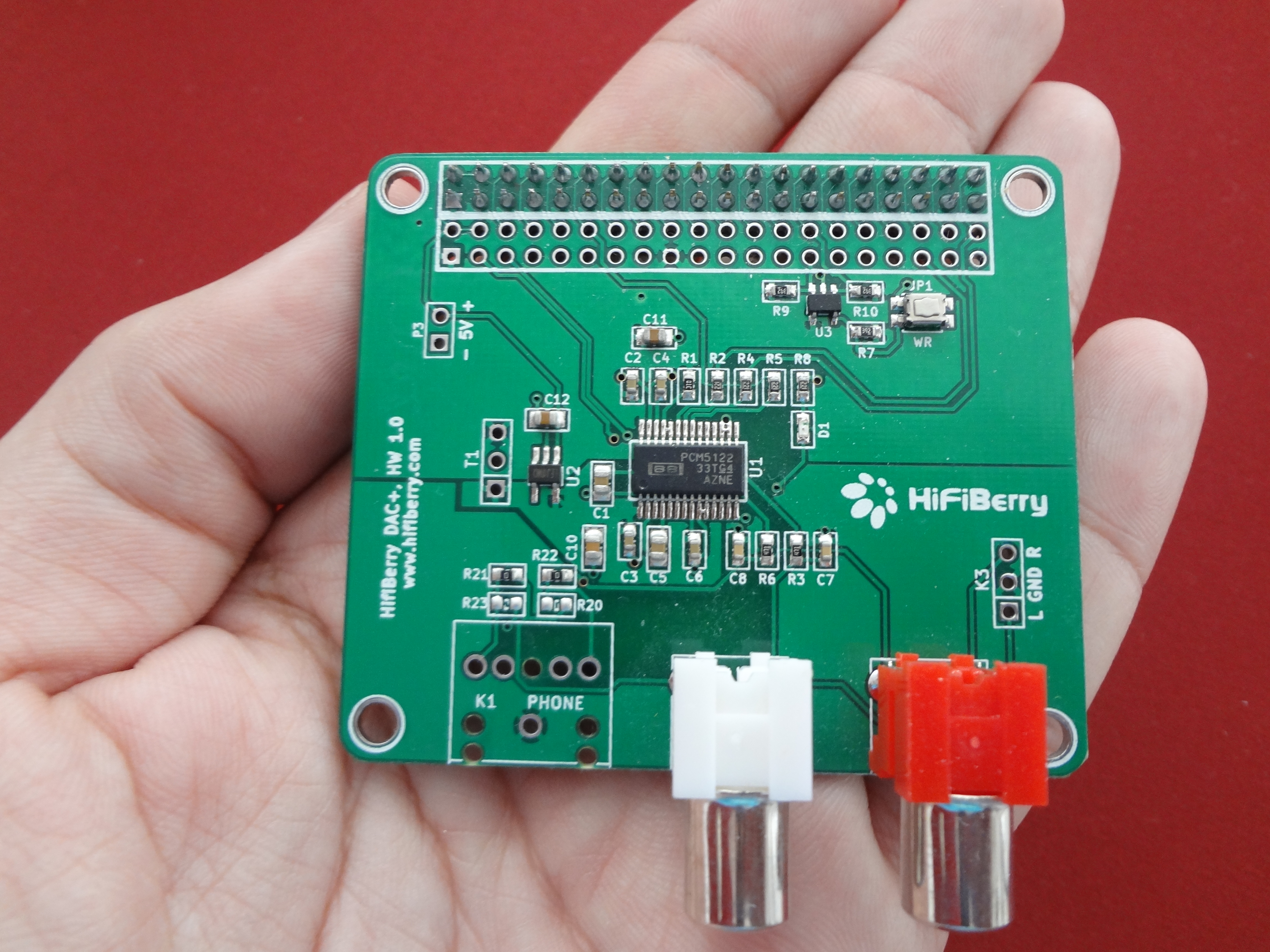 Review Raspberry Pi 2 As Music Streamer Part Time Audiophile Amazoncom Diy Circuit Board 3d Plastic Case For Samsung Galaxy Note2 It Would Be Out Of Purpose This Introductory Article To Go Into Details Since Both Operating Systems Receive Outstanding Support By Their Respective