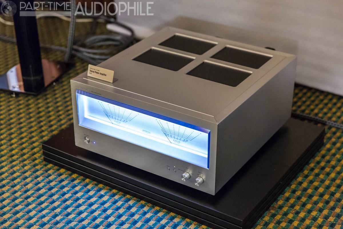 caf 2015 technics is back part time audiophile. Black Bedroom Furniture Sets. Home Design Ideas