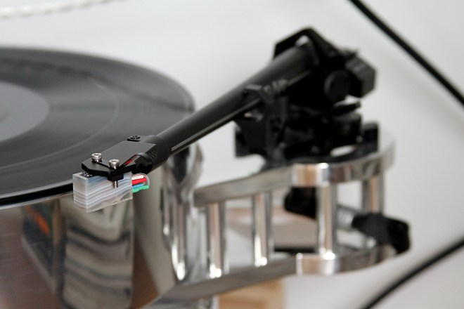 The Transrotor Fat Bob Reference turntable with SME 5009 tonearm and Koetsu Onyx Platinum cartridge.
