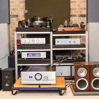 Review: ELAC Debut B6 and F5 Loudspeakers