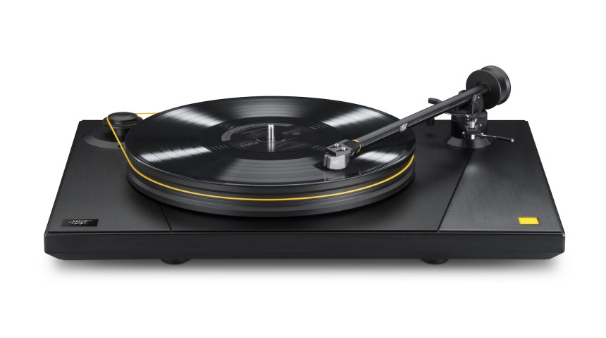 MoFi UltraDeck Turntable