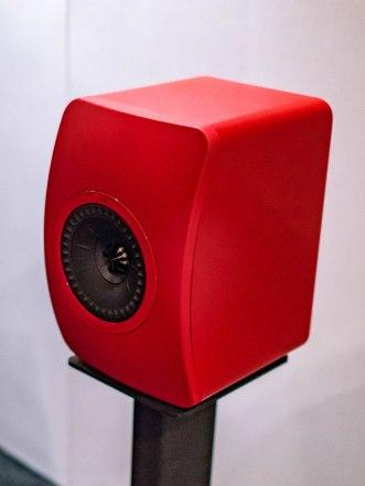 AXPONA-KEF-01256