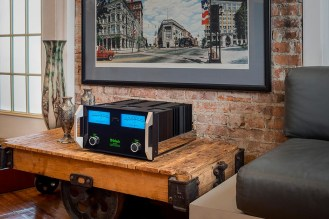 McIntosh-Labs-MC462 Lifestyle Cart