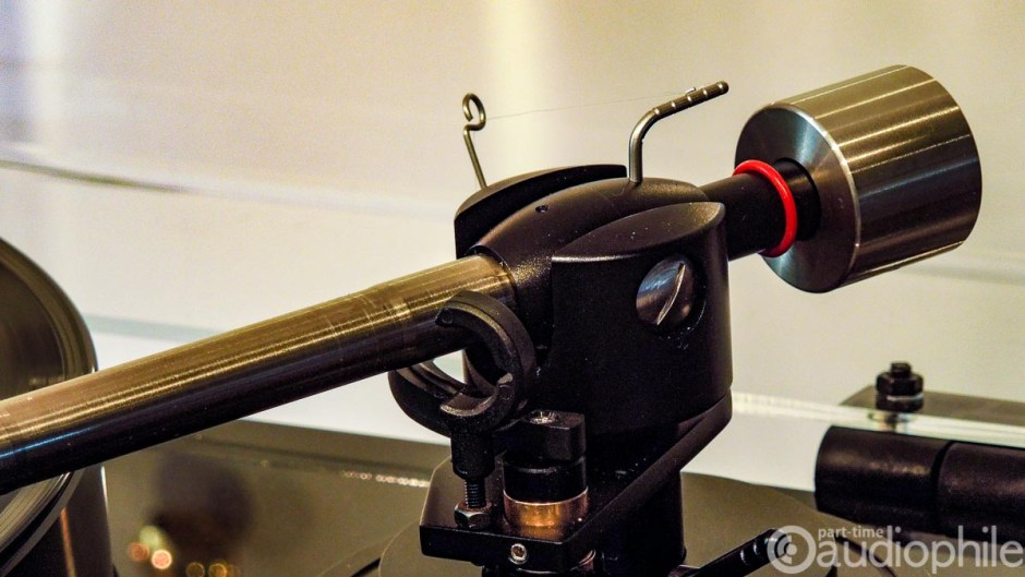Gold Note B7 tonearm close up