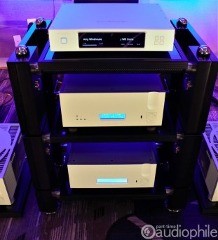 THE-Show-2019-Ypsilon-Wilson-Benesch-Aurender-the aa6