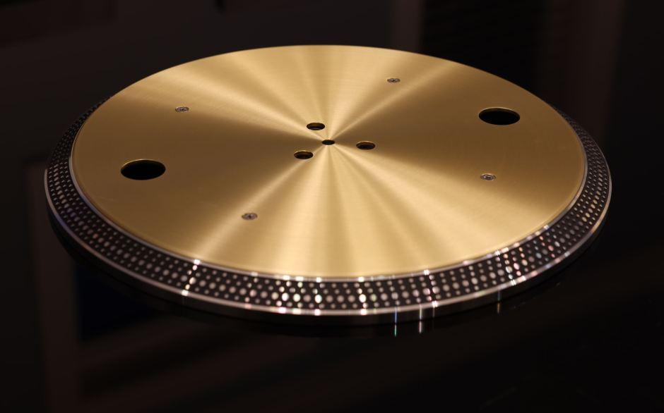 platter of the 1210GAE