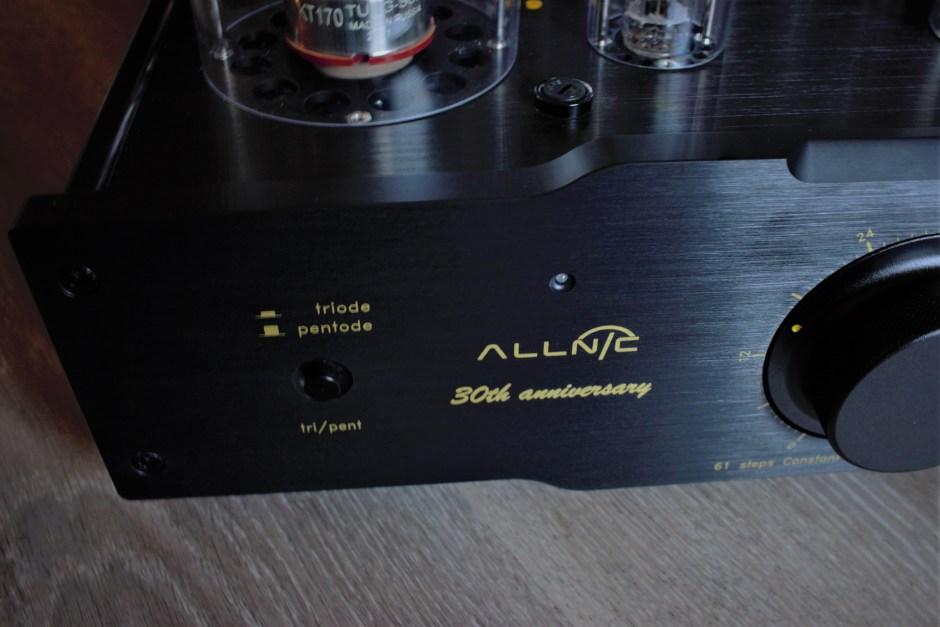 30th anniversary integrated amplifier
