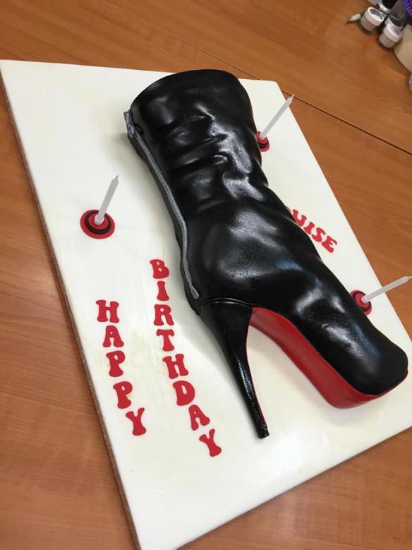 Τουρτα μποτα παπουτσι τακουνι δερμα Σαμάνθα Γκας zip boot cake shoe heel  Cakes By Samantha macaron μακαρον