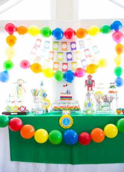 Rainbow-robots-party-ideas
