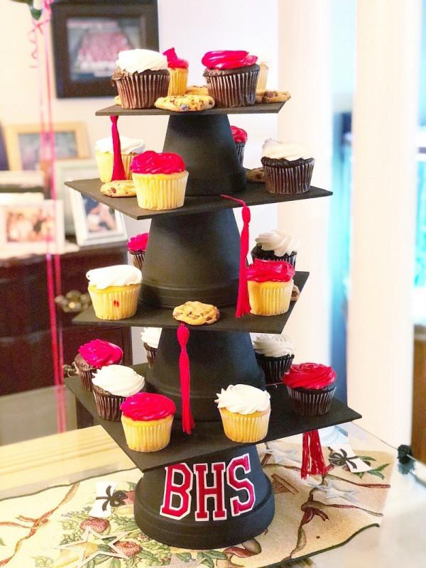 Diy Graduation Cap Cupcake Tower Party Ideas