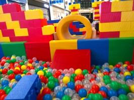 Kids-Soft-Tunnel-and-Slide-Rental