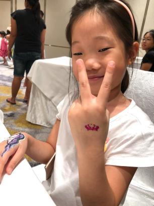 Kids Glitter tattoo for hire
