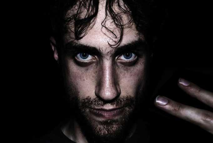 Darren Foreman aka Professor Bernhard Steinerhoff, aka Beardyman ist ein Beatboxer aus London