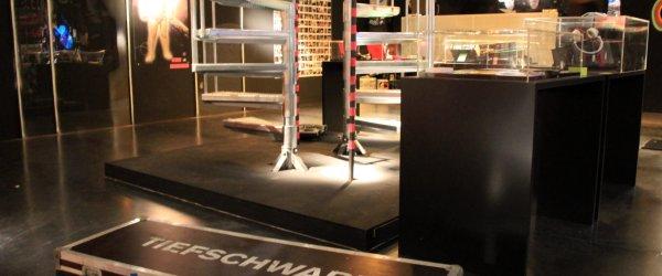 Tiefschwarz Ausstellung Stuttgart