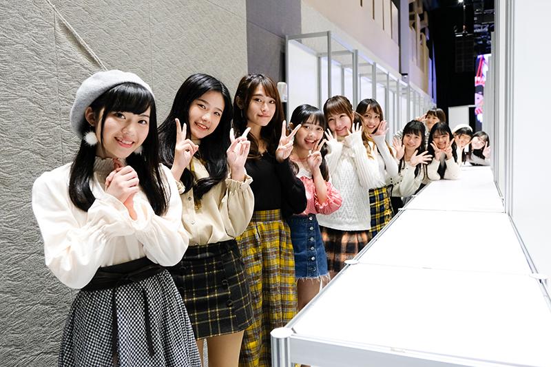 人氣女團 AKB48 Team TP 辦握手會大爆棚 祭出「一日限定女友」福利粉絲