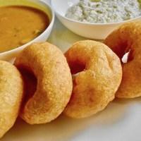 सांबर वड़ा बनाने की विधि हिन्दी में Sambar Vada Recipe in Hindi