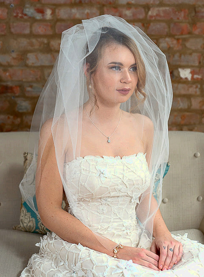 Gisele_Two Tier Hip Length Couture Bubble Bridal Veil