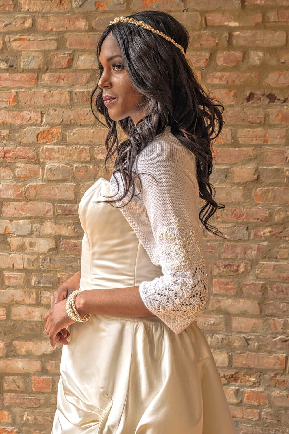 Florence_Stylish Fall Winter Bridal Bolero Hand knitted with sleeves