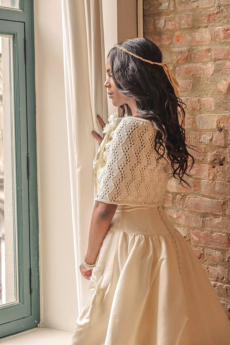 Paula_Stylish Fall Winter Bridal Poncho Hand-knitted