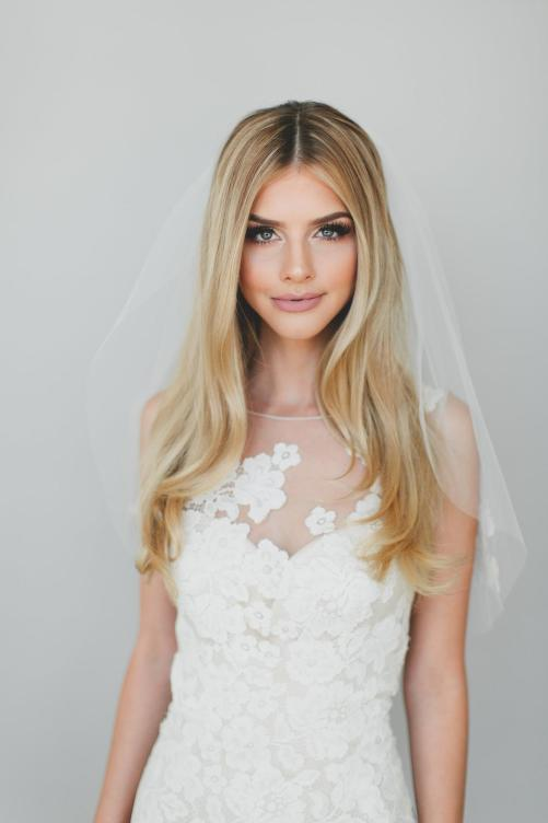 Lilly Veil_ One Tier Elbow Length Bridal Veil with Alençon Lace Appliqués