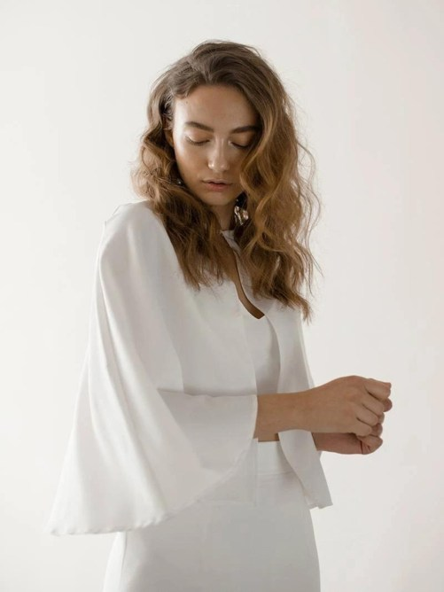 Lyra_Classic Simple Bridal Cape Bolero in Mousseline