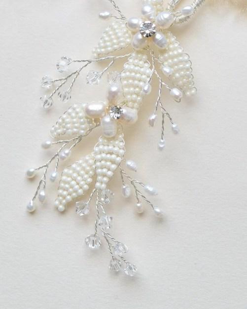 Marianna_elegant floral Bridal Hair Pin with pearls