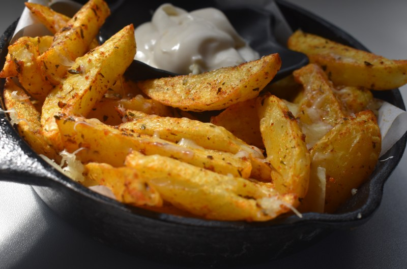 Easy Air Fried cheesy Potato Wedges