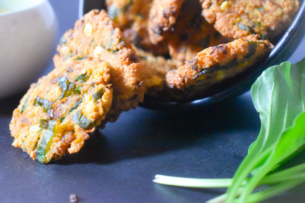 Keerai Vadai | spinach lentils fritters - Parveenskitchen.com