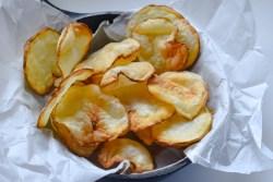 Air fryer Potato Chips - Parveenskitchen.com