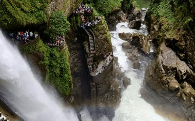 6 motivos para visitar Baños de Agua Santa en tu viaje a Ecuador