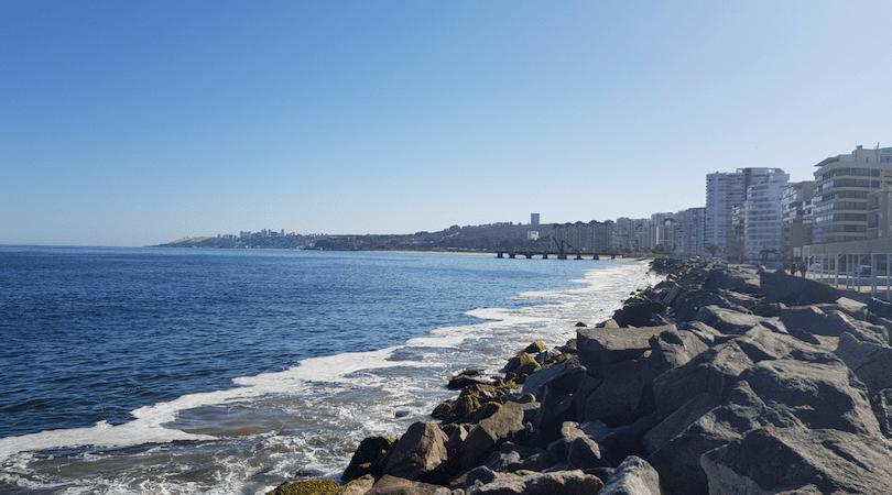 Al final de la Avenida Perú se divisa ya el Muelle Vergara