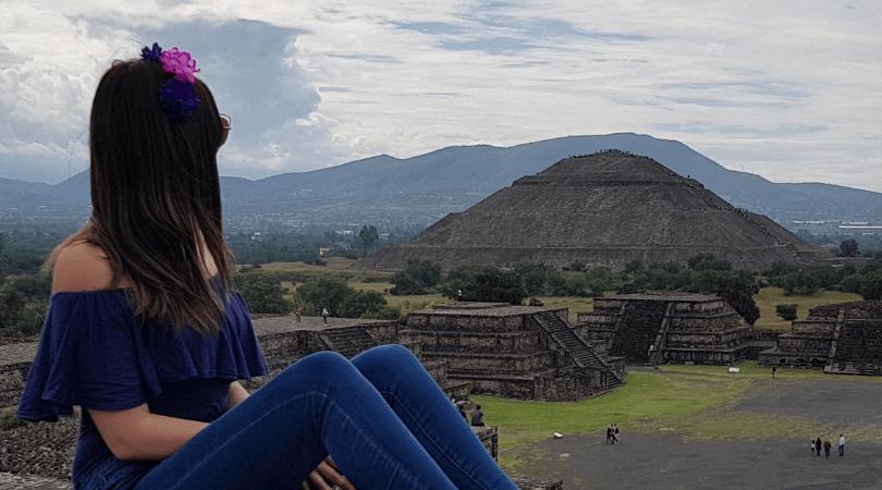 Vista desde la pirámide de la Luna